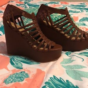 Brown woven wedge sandals with platform